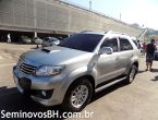 Toyota Hilux SW4 3.0 16V Srv 4x4 Automático 7 Lugares